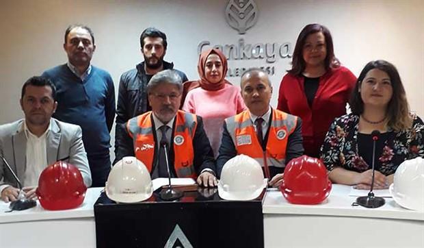 İSG Sen 7 ilde basın  açıklaması  gerçekleştirdi: İş sağlığı ve güvenliği ihtiyaçtır