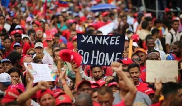 Venezuela, Libya olmayacak!