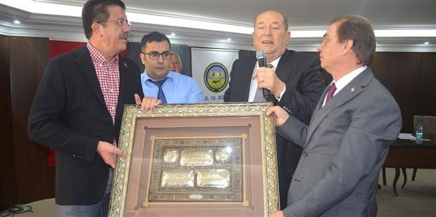 Zeybekci'nin ziyaret ettiği kooperatif başkanı: AK Parti'ye oy vermeyeni Allah çarpar