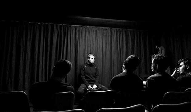 Kasım Tiyatrosu: Sanatı zincirlerinden kurtarıp özgürleştiriyoruz