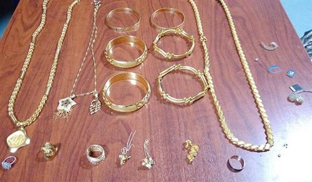 Misafirliğe gelen ablasının evinden 80 bin liralık altın çaldı