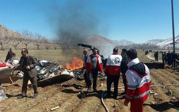 İran'da helikopter düştü: 5 ölü