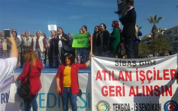 Kuşadası ve Datça'da kadınlar 8 Mart'ta sokaktaydı
