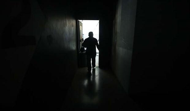 Venezuela'da elektrik kesintisi nedeniyle yağma başladı