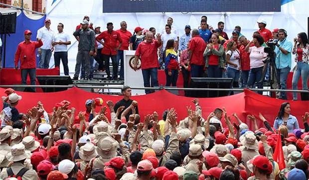 Venezuela'ya destek için dev yürüyüş çağrısı