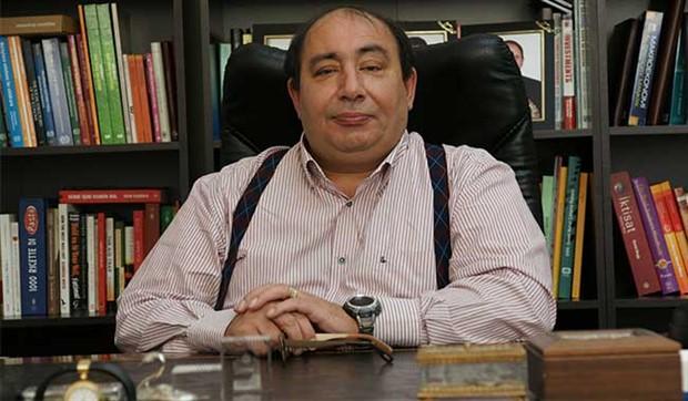 Çılgın projeleri ve işsizlik rakamlarını Prof. Dr. Çolak'a sorduk: 'Halk tüketmesin biz tüketelim' diyorlar