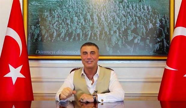 Sedat Peker'den yine 'silahlanın' çağrısı:  Silahlanmanın önünü açın