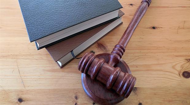 Hukuk fakültesi bitirenlere baraj sınavı geliyor