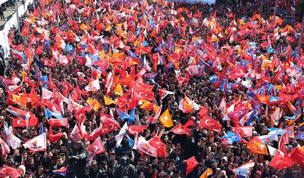 Abisi PKK'li diye hedef gösterdiler AKP'li çıktı