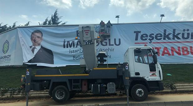 İmamoğlu'ndan İstanbul'a teşekkür pankartları