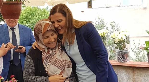 İzmit Belediye Başkanı Fatma Kaplan Hürriyet: İzmit'i aldık, sonraki seçimde Kocaeli'ni de alacağız