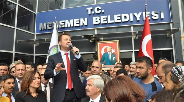 İzmir'de CHP'li başkanlar göreve başladı: Mazbatalar 'tamam' sıra hizmette