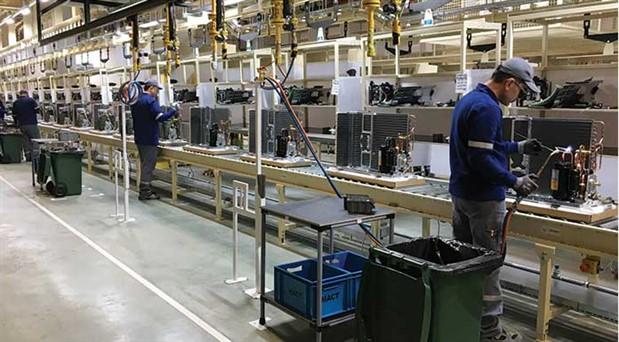 İşsizlik daha da artacak: Sanayi ve ticaret  altı aydır küçülüyor