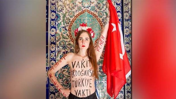 FEMEN: Vakit AKP'siz İstanbul vakti!