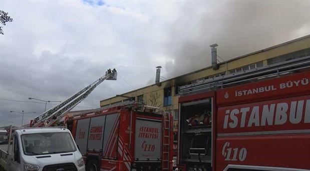 İstanbul'daki sanayi sitesinde yangın