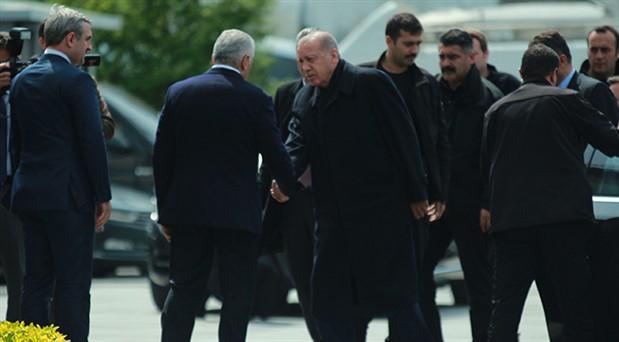 Erdoğan, AKP İstanbul İl Başkanlığı'nda