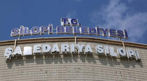 Kayyum, belediye personelini AKP'li başkanı korumakla görevlendirmiş