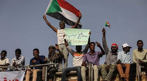 Sudan'dan, ABD emperyalizmine ve gerici hükümetlere karşı birlik çağrısı: Özgürlük, barış ve devrim, halkın seçimi