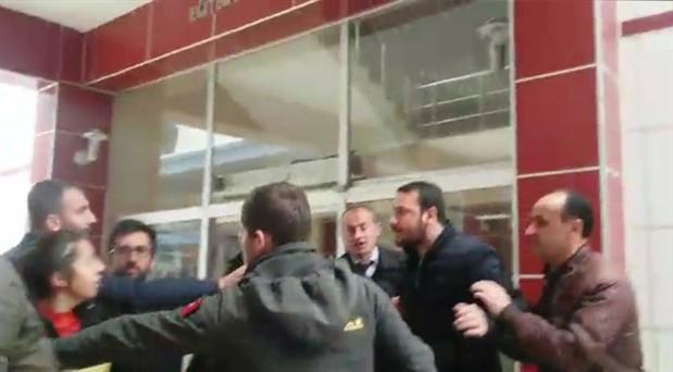 Artvin'de öğrencilere faşist saldırı
