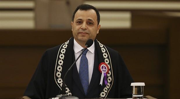 AYM Başkanı: Yeni sistemin 'alametifarikası' Cumhurbaşkanlığı kararnameleridir