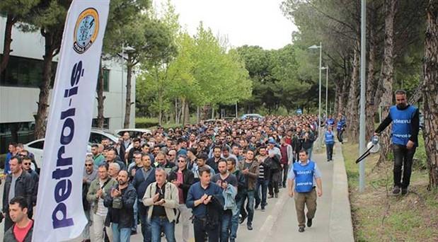 TİS görüşmeleri tıkandı: TÜPRAŞ'ta işçiler eylemde