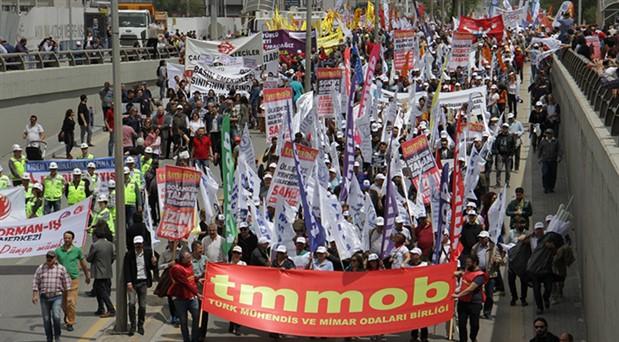 Ankara'da on binler 1 Mayıs alanına akın etti