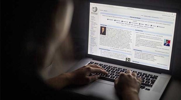 Wikipedia'ya erişim yasağı 2 yılı  geride bıraktı: Kamusal fayda sansüre uğruyor