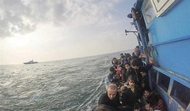 İçişleri Bakanlığı'ndan göçmen raporu: Sınır dışı edilen göçmenler arttı