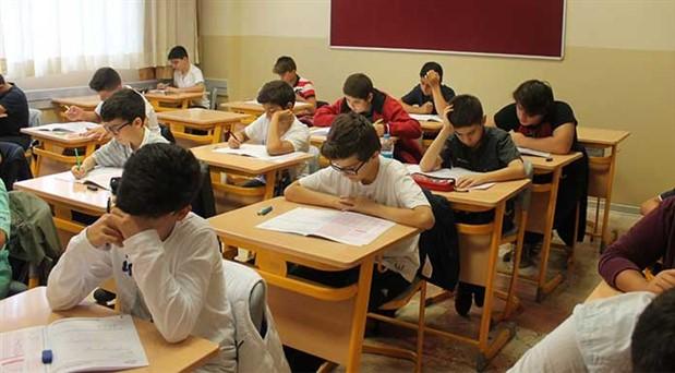LGS yaklaştıkça stres artıyor: Aileler ve öğrencileri aşırı kaygıdan uzak durmalı