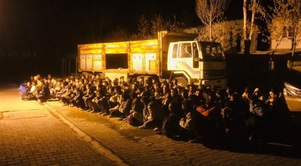 Van'da 126 göçmen alıkonuldu