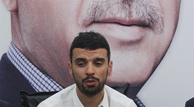 AKP'li Sofuoğlu'ndan sanatçılara: Yediği kaba pisleyen nankörlersiniz!