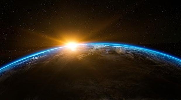 'Güneş, dünyayı yaşanamaz hale getirecek'
