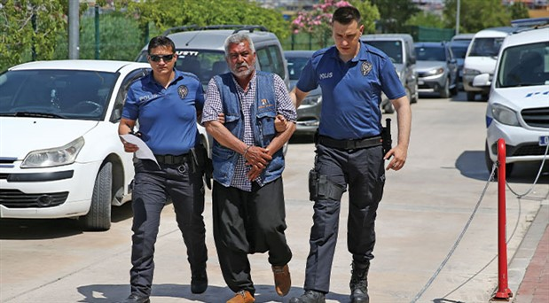 Adana'da kadına bıçakla saldıran erkek tutuklandı