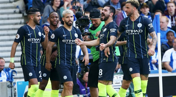 Manchester City sezonu 3 kupayla tamamladı