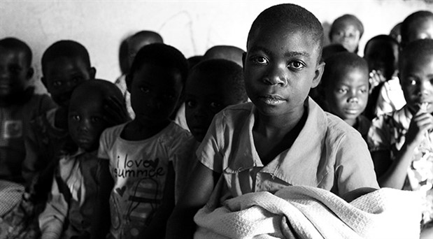 ABD'li rahip, Uganda'ya 'ilaç' diye çamaşır suyu sattı