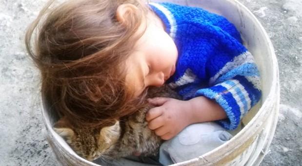 3 yaşındaki Nurcan, toprağa verildi