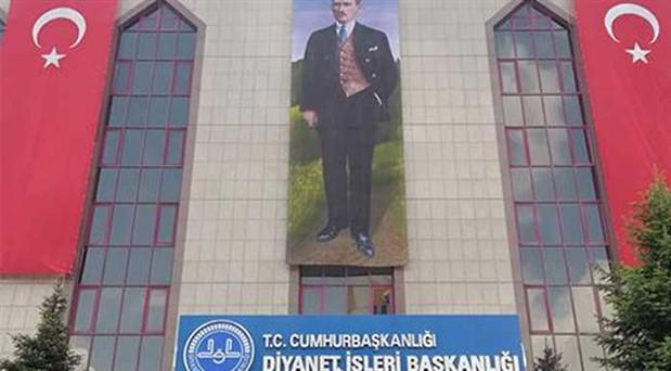 Diyanet'ten Atatürk ve Türk bayrağı açıklaması