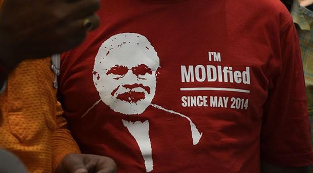 Hindistan'da parlamento seçimini başbakan Modi'nin partisi kazandı