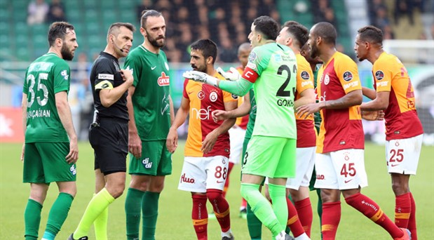 Rizespor'un 'Galatasaray karşılaşması tekrarlansın' talebine ret