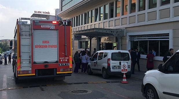 Bursa'da özel hastanenin zemin katında yangın