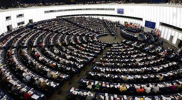 Avrupa seçimlerinde son tur