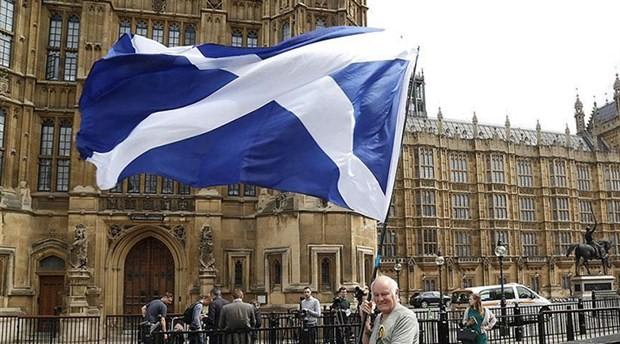 İskoçya'dan Brexit hamlesi: 2020'de bağımsızlık referandumu çağrısı