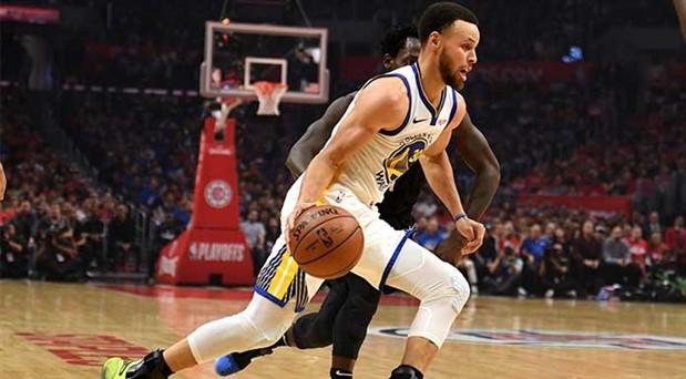 NBA'de şampiyonluk oyunları başlıyor: Toronto ilk, Golden State seri peşinde