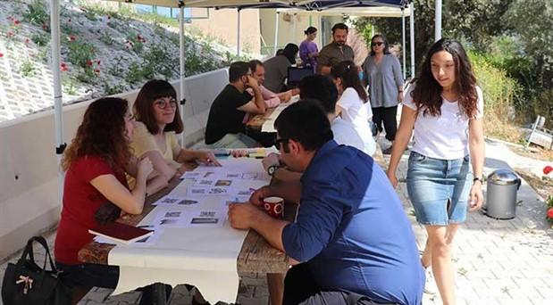 Karaburun'da zeytin için bilimsel çalışmalara destek