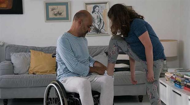 Yönetmen Görkem Yeltan yeni filmi Bağcık'ı BirGün'e anlattı: Bize verilen aile ailemiz midir?
