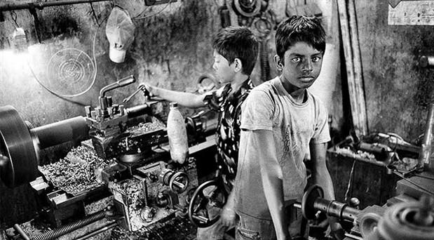 Küçücük çocuklar çalışırken ölüyor