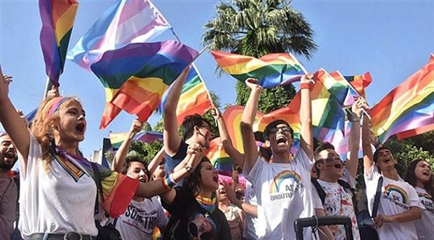 7. İzmir LGBTİ+ Onur Haftası 17 Haziran'da başlayacak