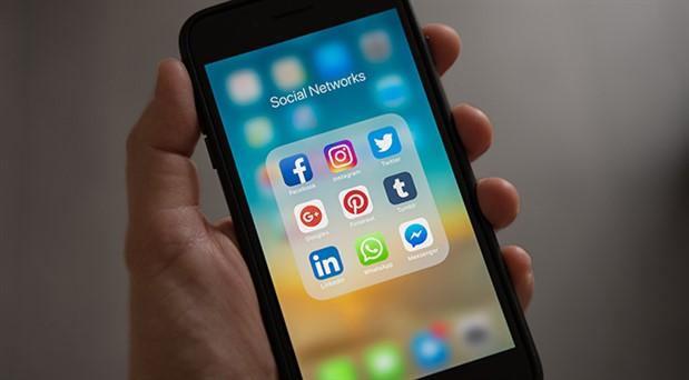 Sosyal medyaya ebeveynler ağırlığını koydu