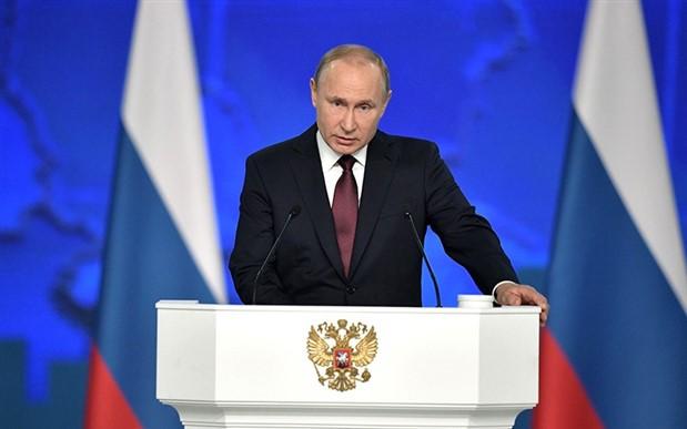 Putin: Suriye'de anayasa komitesi çalışmalarının oluşturulmasını sağlıyoruz