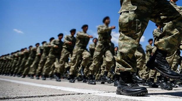 Askerlik süresini 6 aya indiren madde kabul edildi